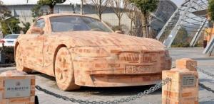 Un BMW din caramida